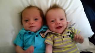 Kris & Kash - Little Survivors