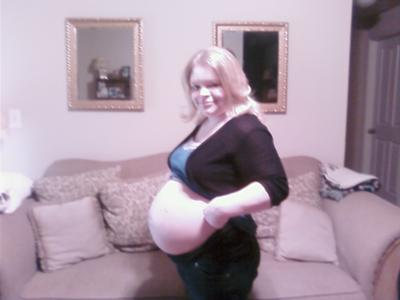 Sarah's Twin Belly Pic