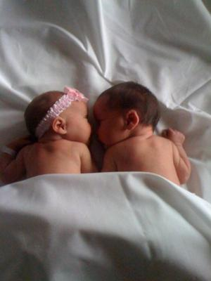 Hadlei & Braedon, they were just a few days old.... mommy has a photo obession:)