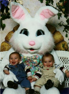 Ethan and Evan go to visit the Easter Bunny!