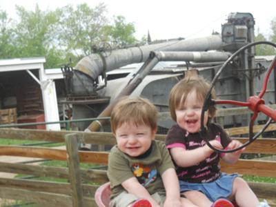 Iowa Cornfed Twins