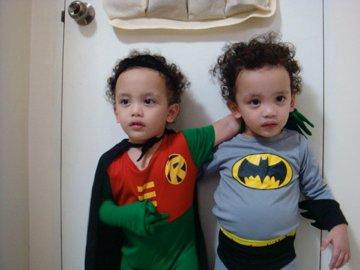 BATMAN AND ROBIN TWINS