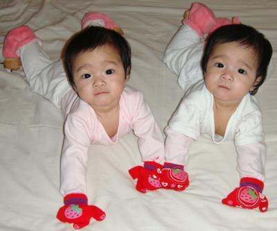 Zhi Ling & Zhi Xuen are 6 months old!!!