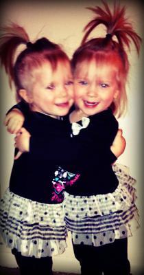 Twins- Braylee & Braycee Brosamer